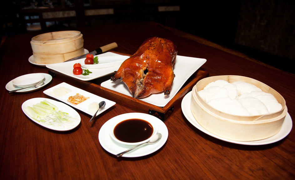 Gallery-Peking-Duck-With-Accompaniments